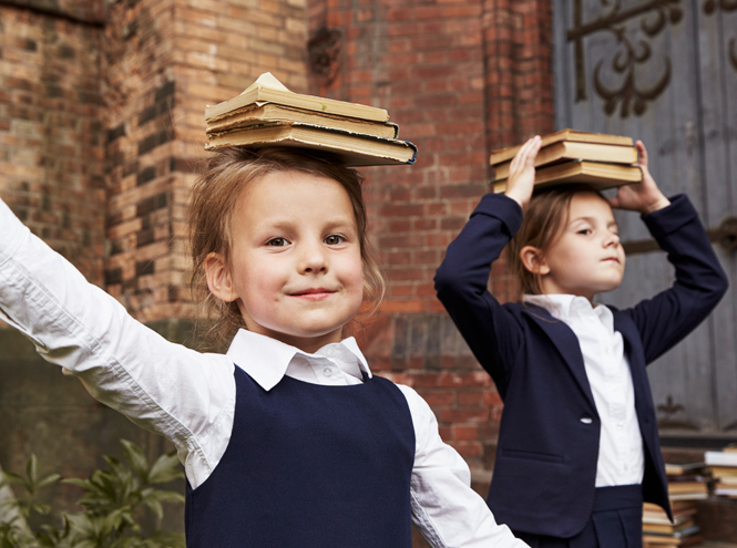 Фото №5 - Артём, Яна и Арсений Аршавины в рекламе школьной формы H&M