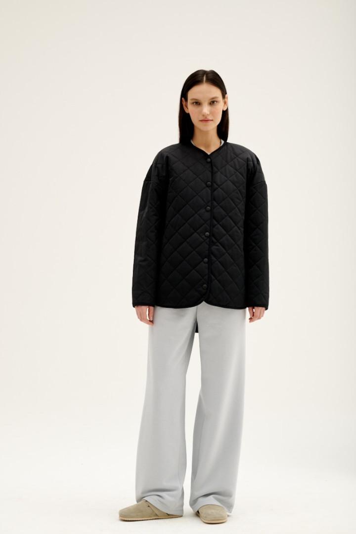 Фото №3 - У каких российских брендов искать классную стеганую куртку, как у Айрис Лоу?