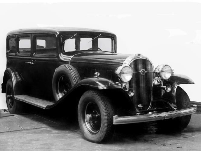 Фото №1 - Назад в СССР: 5 самых роскошных советских автомобилей