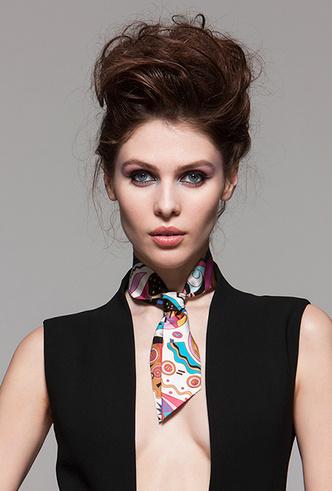 Фото №6 - Sirinbird: сказочные русские платки, популярные не только в России