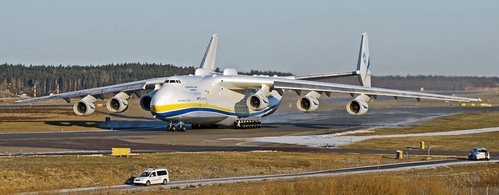 Фото №1 - Гиганты в небе: 6 самых больших самолетов
