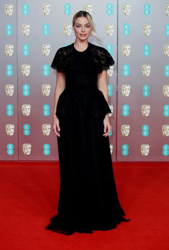 Фото №11 - BAFTA-2020: самые стильные звезды на ковровой дорожке церемонии
