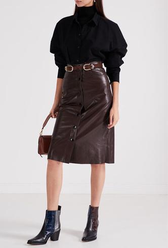 Фото №6 - Босс не будет против: как носить кожаные вещи в офис