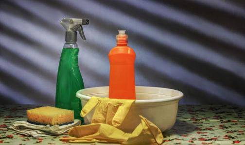 Фото №1 - В Роспотребнадзоре назвали лучшие дезинфицирующие средства для борьбы с коронавирусом