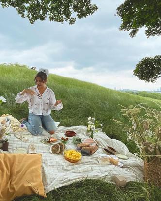 Фото №3 - Красавчик Дуглас Бут из фильма «Лето. Одноклассники. Любовь» женится— скорее зацени его избранницу 😍