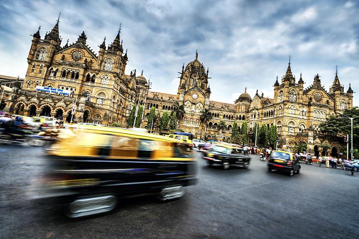 Фото №2 - Всё, что вы не знали о: профессиональные нищие, британские даблдекеры и еще 10 фактов о Мумбаи