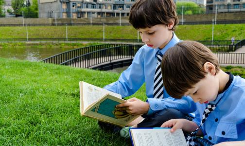 Фото №1 - Эксперты рассказали, где и как выбрать качественную школьную форму