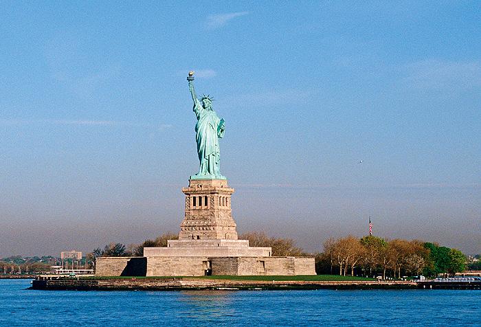 Фото №3 - История cтатуи Свободы в трех фотографиях