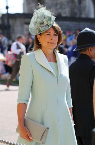 Фото №7 - Гардероб Кэрол Миддлтон: как одевается мама герцогини Кембриджской