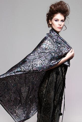 Фото №7 - Sirinbird: сказочные русские платки, популярные не только в России
