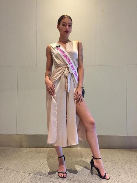 Фото №1 - Ушла молодой: 23-летняя финалистка конкурса «Мисс Вселенная» покончила жизнь самоубийством
