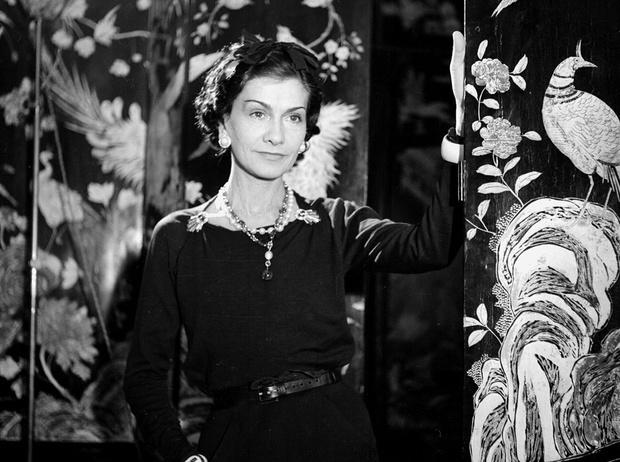 Фото №1 - 15 мыслей Коко Шанель о стиле и стильной женщине