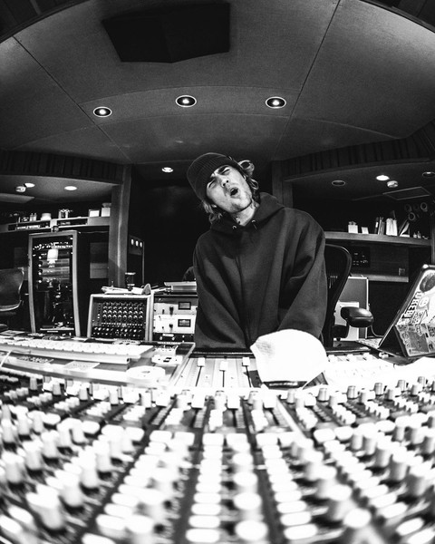 Фото №2 - Джастин Бибер готовит новый альбом! 😍