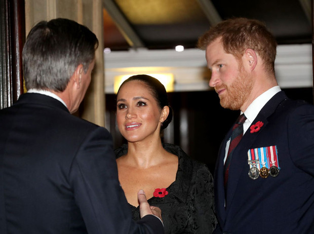 Фото №3 - Гарри и Меган проведут Рождество вдали от королевской семьи