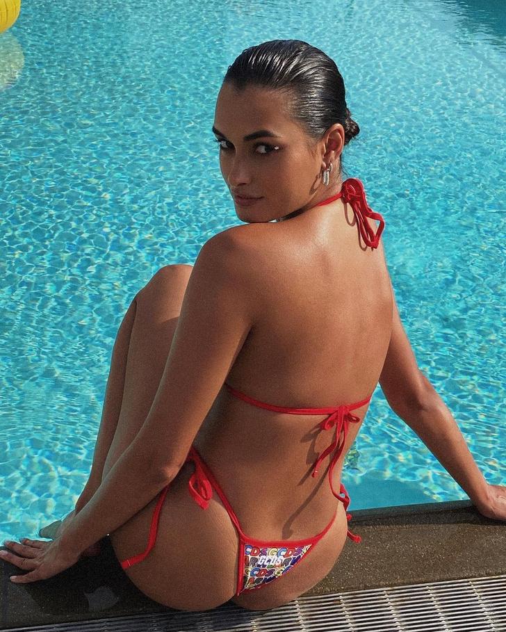 Фото №3 - Никто не носит купальники так классно, как Жизель Оливейра