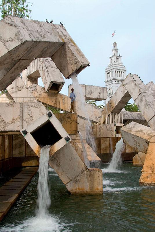 Фото №6 - 21 самый необычный фонтан мира