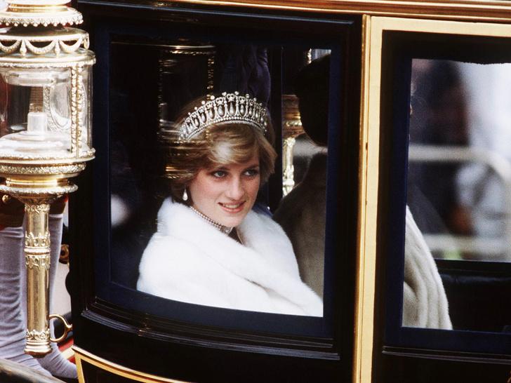 Фото №1 - Насмешка принцессы: как Диана называла Виндзоров за спиной
