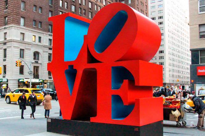 Фото №1 - Один день в нью-йоркском секс-шопе