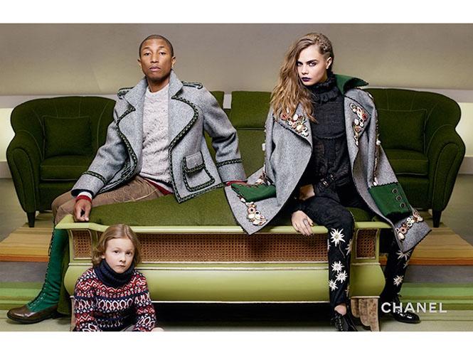Фото №1 - Кара Дельвинь и Фаррелл Уилльямс в рекламной кампании Chanel
