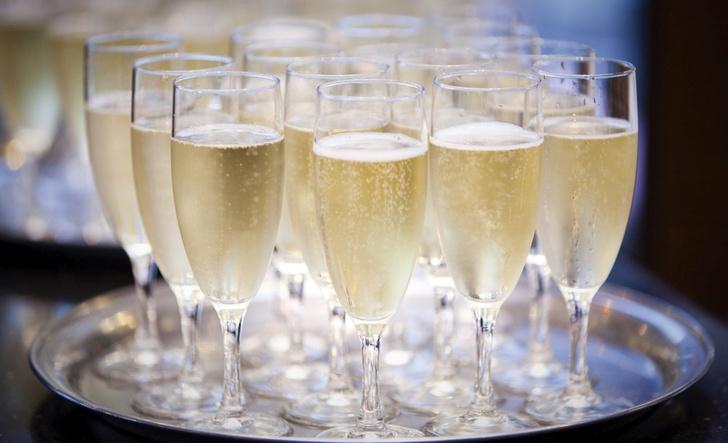 Фото №1 - Учет игристого: 7 любопытных фактов о шампанском
