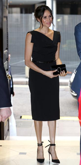 Фото №3 - Меган Маркл и принц Гарри посетили прием, посвященный правам женщин
