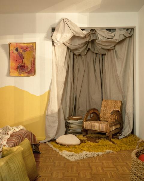 Фото №7 - Настенная роспись и авторская мебель в доме художника в Калифорнии