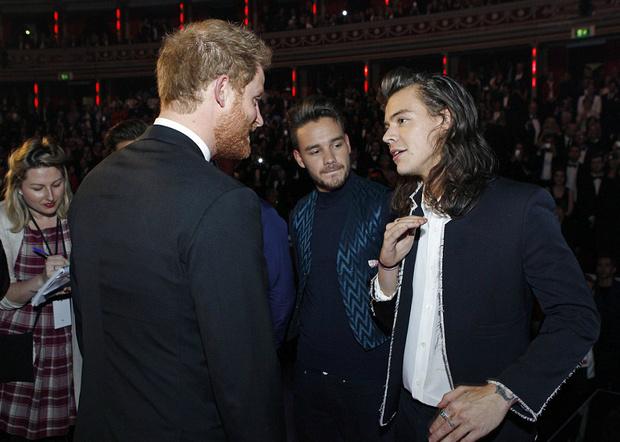 Фото №4 - Принц Гарри посоветовал Гарри Стайлсу подстричься
