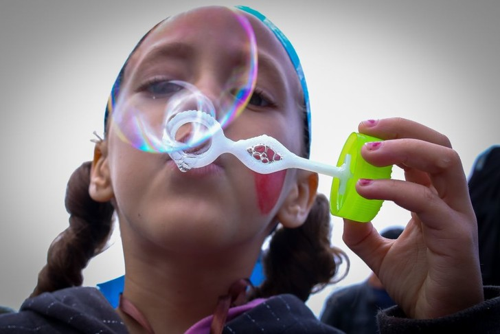 Фото №1 - Ученые вывели формулу идеальных мыльных пузырей