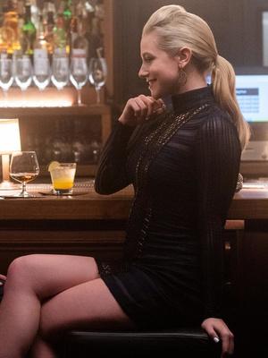 Фото №5 - Что посмотреть: лучшие фильмы и сериалы с Лили Рейнхарт