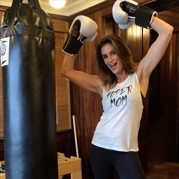 Фото №5 - Фитнес против возраста: как тренироваться в 35, 45 и 55 лет