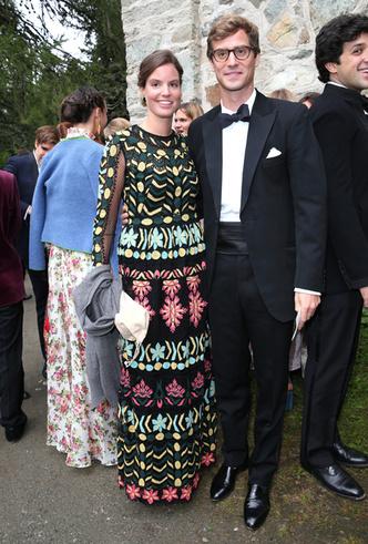 Фото №10 - Минус один принц: как прошла королевская свадьба в Швейцарии