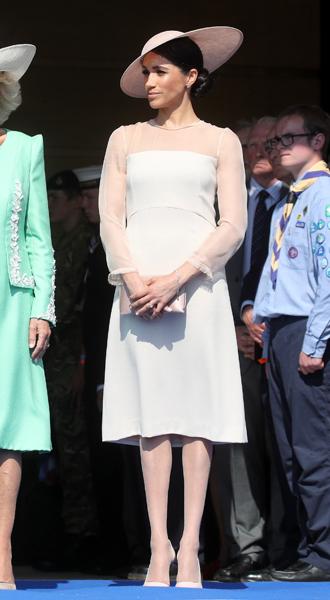 Фото №5 - Лучшие образы Меган Маркл за первый год в королевской семье