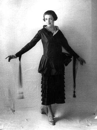Фото №2 - Король стиля: как Поль Пуаре придумал «хромые юбки», освободил женщин от корсетов и заново изобрел моду