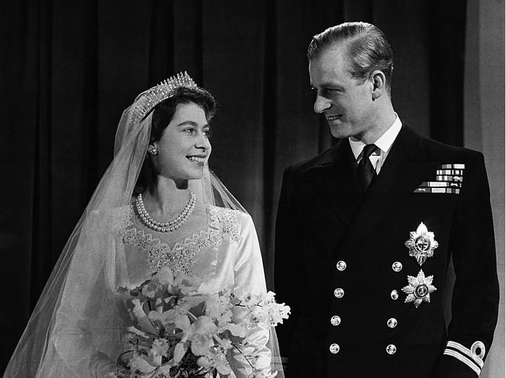 Фото №5 - Не только королева: как менялся титул Елизаветы II на протяжении ее жизни