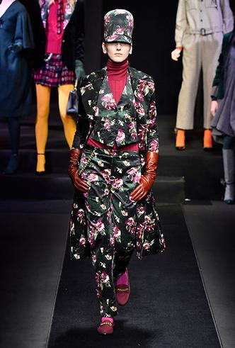 Фото №10 - Мех, нейлон и латекс: женщина-2018 глазами дизайнеров Недели мужской моды в Милане