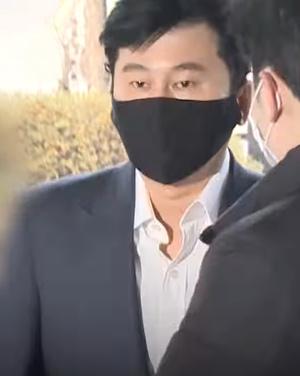 Фото №2 - Айдолы агентства YG Entertainment употребляют запрещенные вещества?! 😰