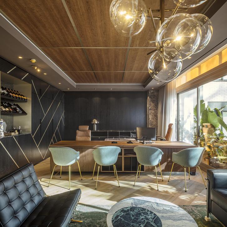 Фото №13 - Яркий офис в Барселоне по проекту El Equipo Creativo