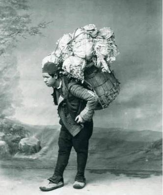 Фото №2 - Как в Турции была организована доставка пьяных домой в корзине