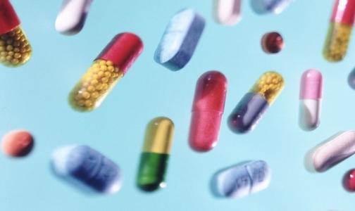 Фото №1 - Импорт лекарств в Россию в январе снизился почти на 50%