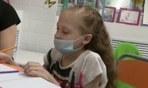 Фото №1 - 13-летнюю петербурженку выписали из клиники после пересадки легких
