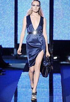 Фото №6 - Versace, Prada и Cavalli в Милане