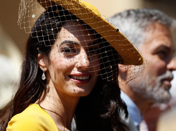 Фото №1 - Амаль Клуни помогает герцогине Меган адаптироваться в Лондоне