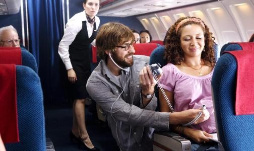 Фото №1 - Среди авиапассажиров хотят искать врачей во время регистрации на рейс