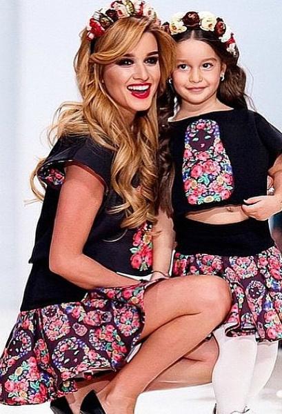 Неделя моды: Ксения Бородина с дочкой Марусей, фото