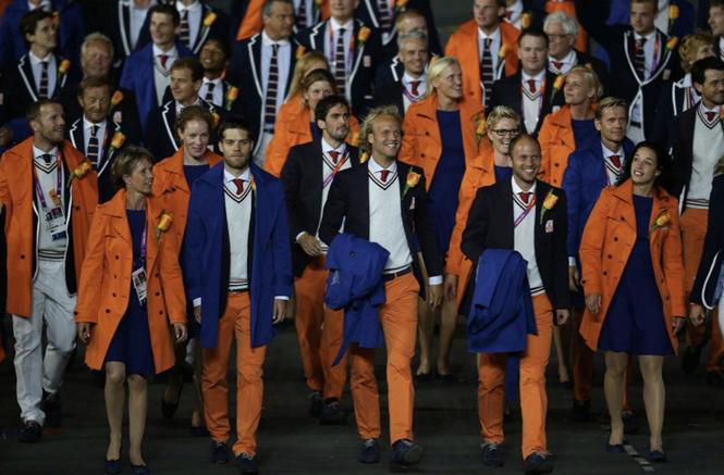 Фото №17 - 10 самых удачных примеров олимпийской формы из истории летних Олимпиад