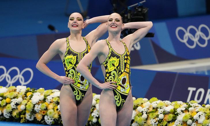 Фото №1 - Ура, у наших синхронисток золото Олимпиады! Поздравляем спортсменок и любуемся их личными фото