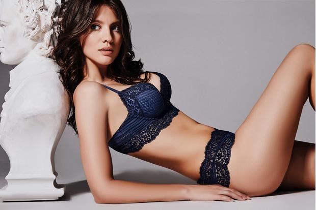 Фото №3 - Это что-то: Новая рекламная кампания сети магазинов женского белья «Бюстье»