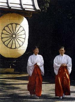 Фото №2 - Непохожие японцы