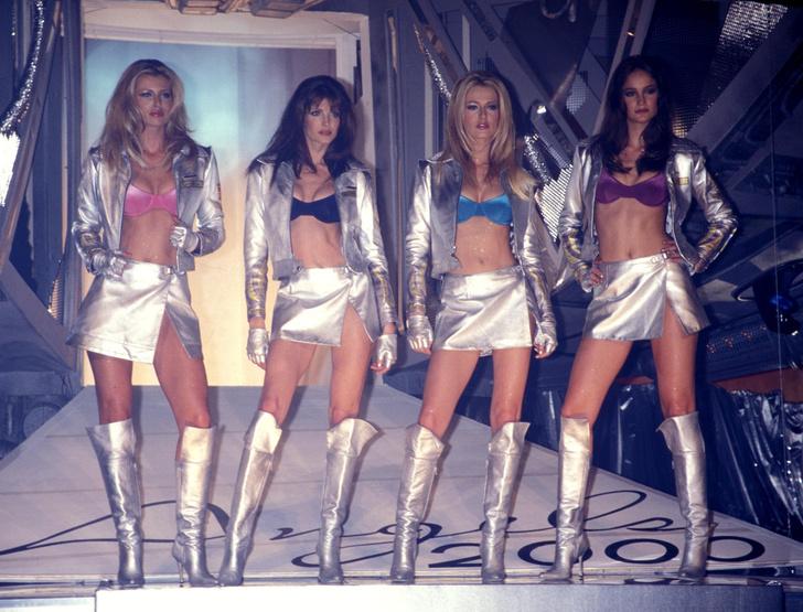Фото №2 - Как выглядели ангелы на своем первом шоу Victoria's Secret