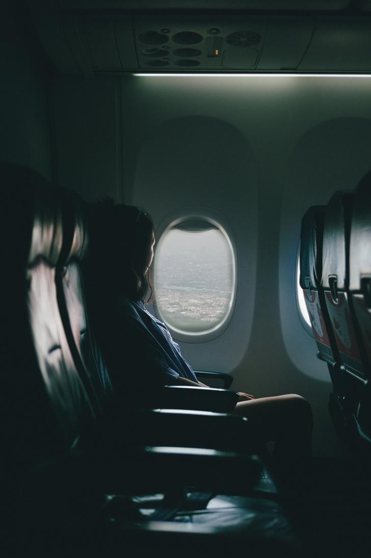 Фото №2 - Пять причин полюбить последний ряд в самолете